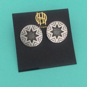 House of Harlow Aztec Silver Studs NWT